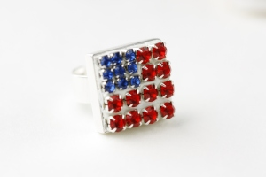 Eureka Crystal Beads Rhinestone American Flag Ring DIY