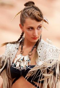 bone-fringe-necklace