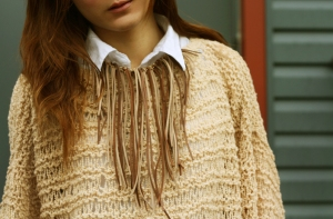 full_DIY_suede_fringe_necklace_01_1323122778
