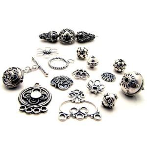 UEBF6PPX1Bali-Silver-Beads