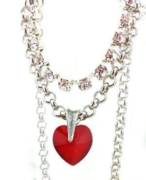 swarovski crystal heart pendant queen of hearts necklace