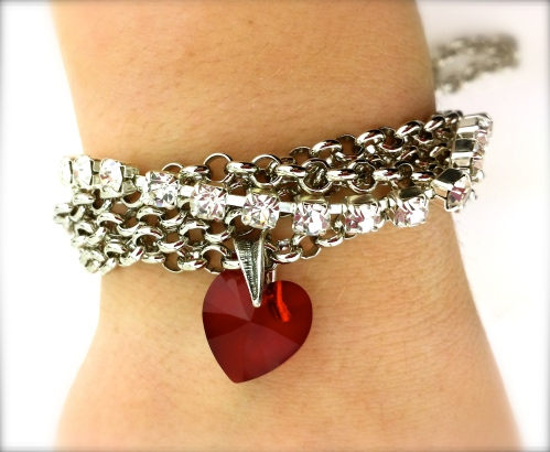 valentine jewelry ideas rhinestone crystal heart pendant chain queen of hearts