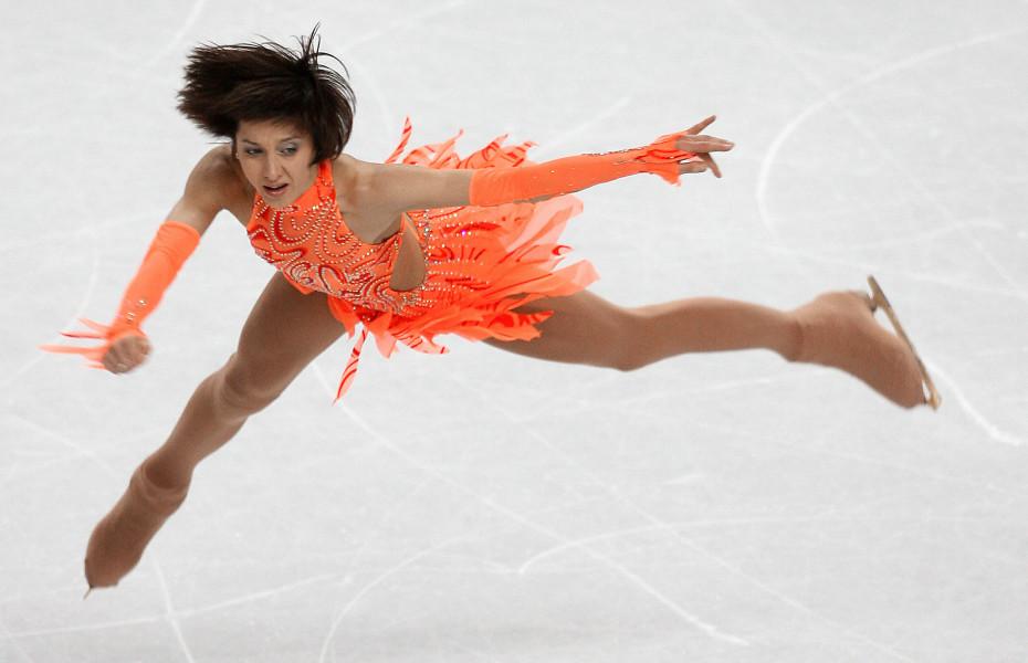 Ukraine's Elena Liashenko performs in th