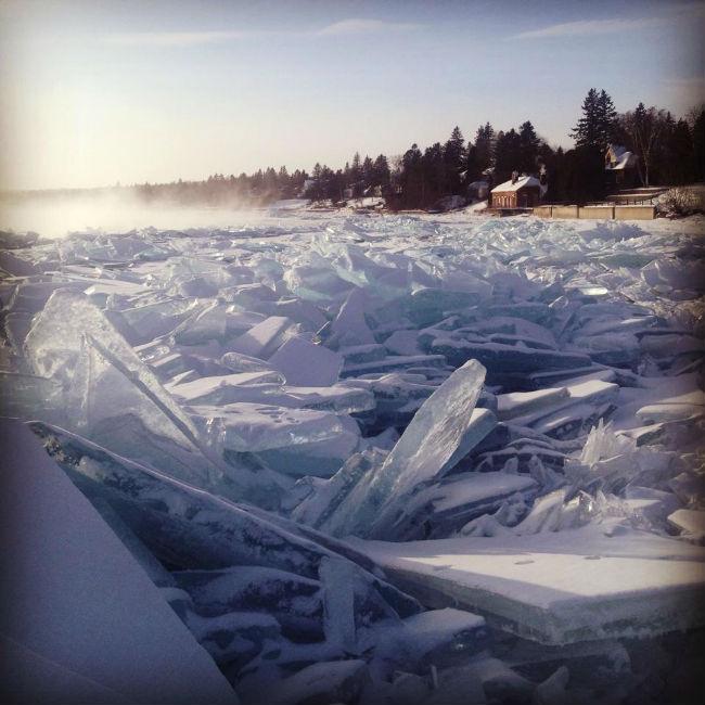 frozen-shores-of-lake-superior
