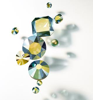 swarovski crystal iridescent green effect spring 2015 new colors crystal beads eureka