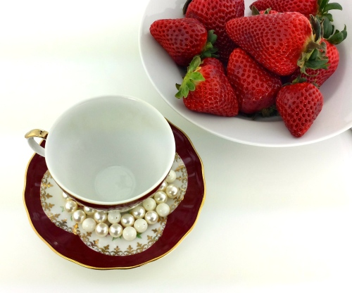 swarovski pearls teacup strawberries diy