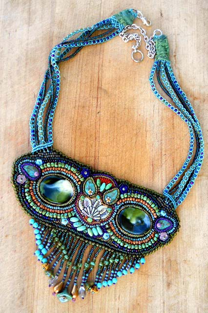 Owl-Seedbead-Necklace-by-The-Beading-Yogini